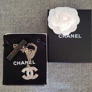 Chanel Enamel CC Silver Metal Necklace